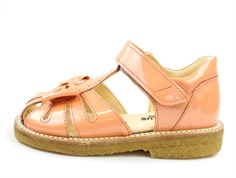 Angulus sandal peach varnish with bow