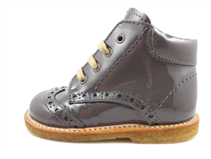 Angulus toddler shoe dark gray patent leather with laces