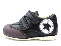 Arauto RAP shoes black with velcro