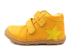 Arauto RAP shoes yellow with velcro