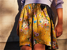 A Monday skirt Flora minion yellow