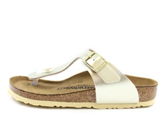 Birkenstock Gizeh sandal electric metallic gold with buckle