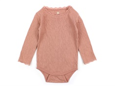 En Fant body ash rose with lace