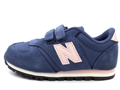 New Balance sneaker navy/pink with velcro
