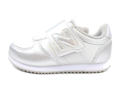 New Balance sneaker silver