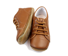 Falcotto by Naturino Prewalker cognac with laces