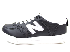 New Balance sneaker black with elastic laces