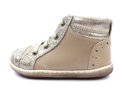 Primigi toddler shoe taupe with laces