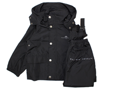 Ver de Terre rain wear black