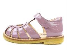 Angulus sandal dusty fuxia lacquer with heart